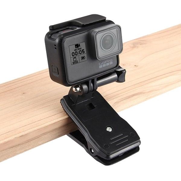 Kẹp gắn camera hành động lên dây ba lô