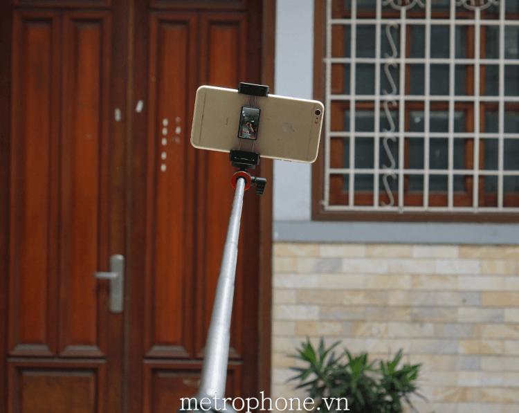 Gậy chụp hình kèm chân đa năng cho điện thoại - Metrophone.vn