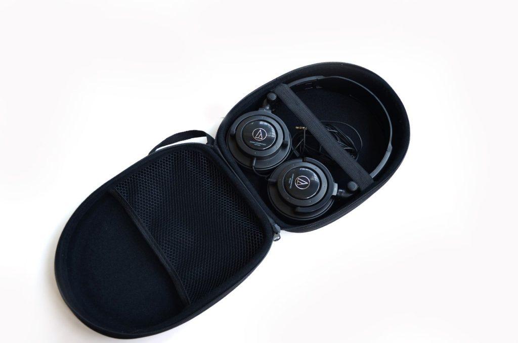 Hộp đựng tai nghe lớn chụp đầu - Metrophone.vn