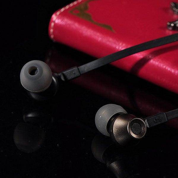 Tai nghe Remax RM-610D - Âm thanh tốt , giá rẻ