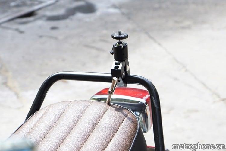 Kẹp gắn điện thoại và Action Cam máy ảnh trên xe - Metrophone.vn