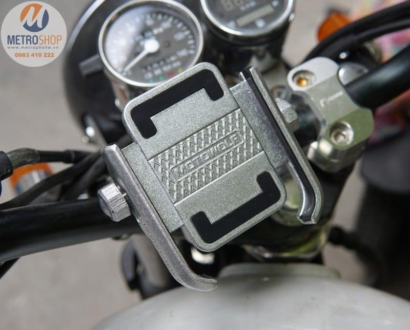 Giá đỡ điện thoại trên xe máy mô tô - Metrophone.vn