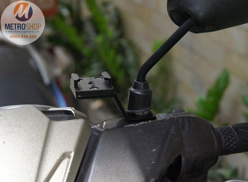 Pat gắn GoPro / Action Cam chân kính xe máy - Metrophone.vn