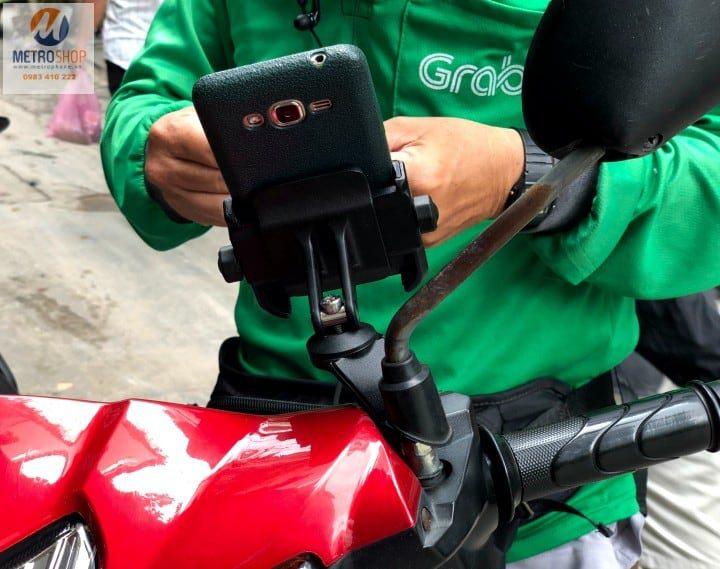 Giá điện thoại gắn chân kính xe máy MOTOWOLF - Metrophone