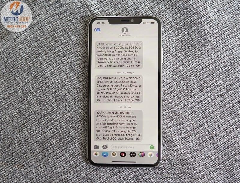 Kính cường lực chống nhìn trộm iPhone Xs Max Full màn hình Baseus - Metrophone