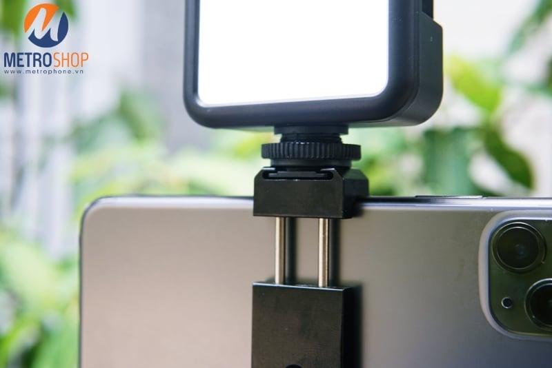 Tay cầm kiêm Tripod quay video cho điện thoại - Metrophone.vn