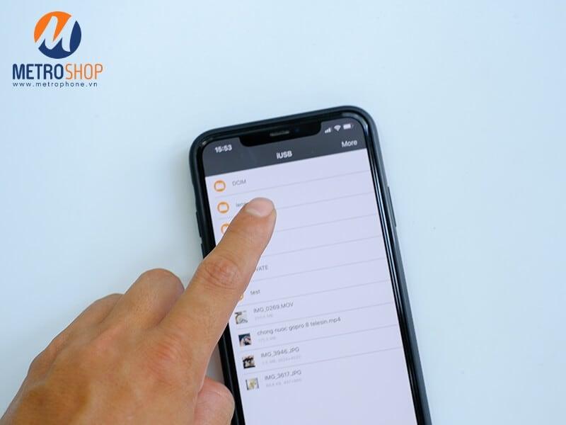 Hướng dẫn sử dụng đầu đọc thẻ đa năng tất cả trong một Coteetci - Hướng dẫn chép nhiều hình cùng một lúc qua iPhone