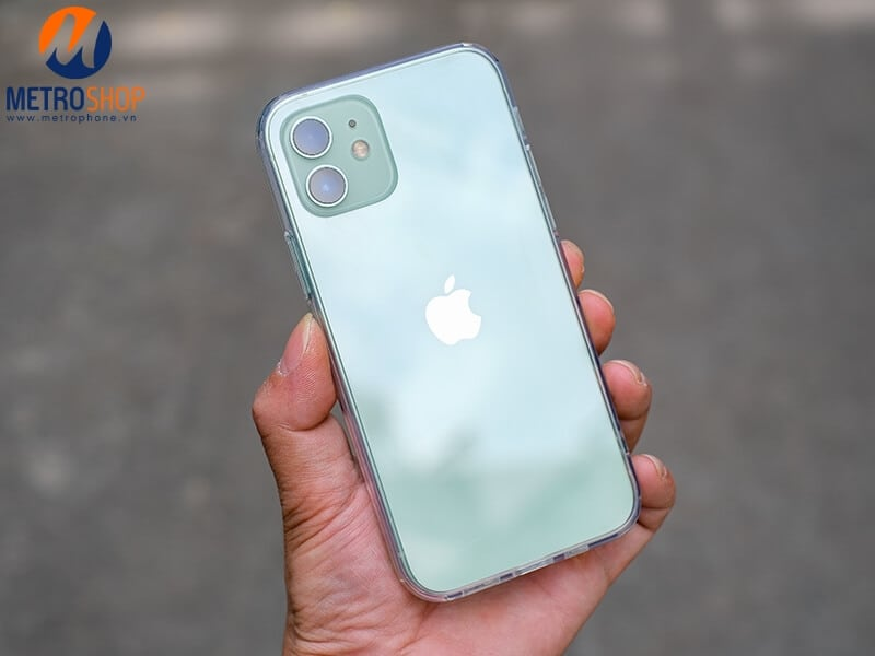 Ốp lưng trong suốt iPhone 12 Benks chính hãng