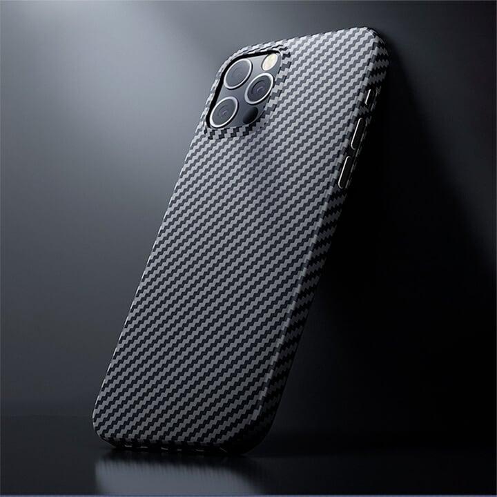 Ốp lưng vân Carbon iPhone 12 Benks chính hãng